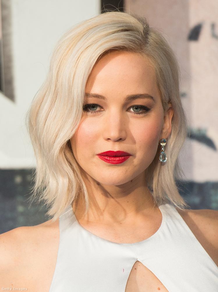 Scarlett Johansson és Jennifer Lawrence egy évvel ezelőtt a Forbes legjobban kereső színésznőinek listáján megszerezte az első és második helyet