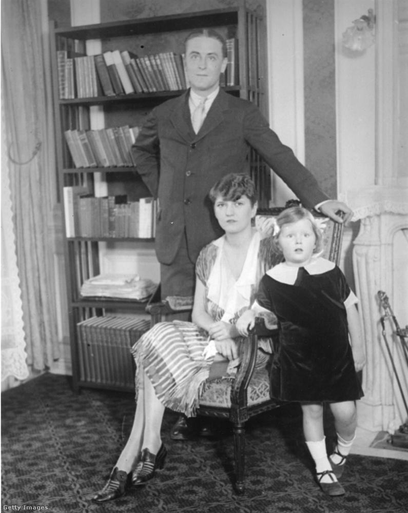 Amikor férje a Nagy Gatsby-n dolgozott, éppen olyan fázisban volt a kapcsolatuk, hogy kénytelenek voltak boldogságot mímelni, ami nem nagyon sikerült