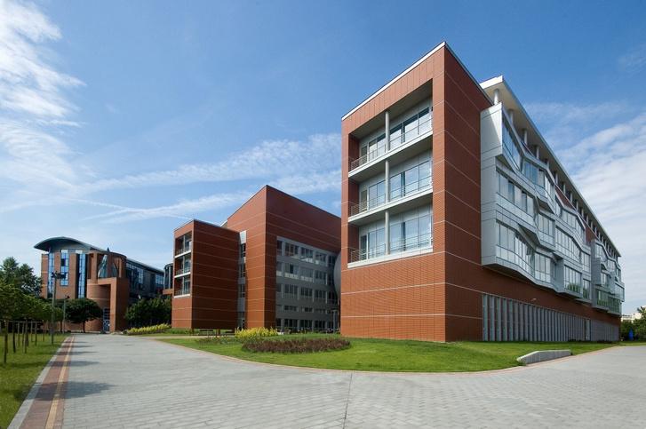 A BME GTK I és Q épülete.