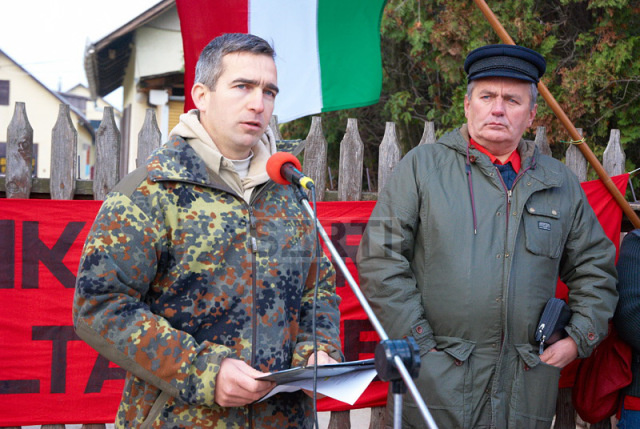 Thürmer Gyula, a Munkáspárt vezetője és Ifj. Győrkös István egy közösen tartott rendezvényen 2012-ben