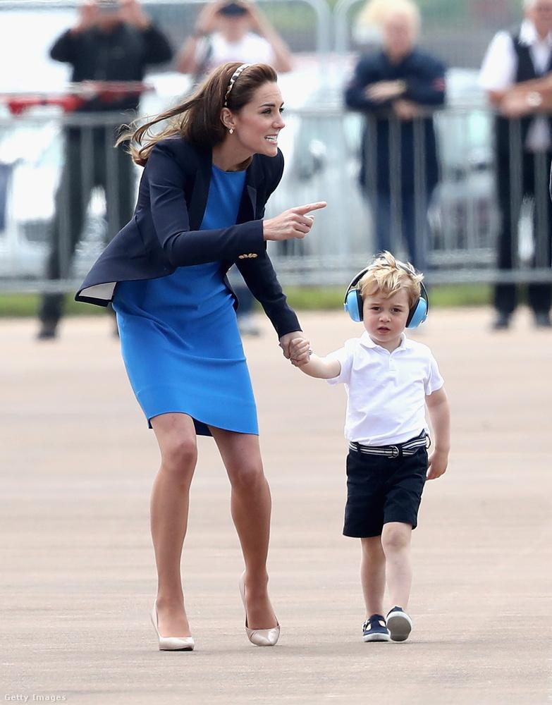 Az pedig, hogy György hercegből tuti pilóta lesz, nem kérdés.