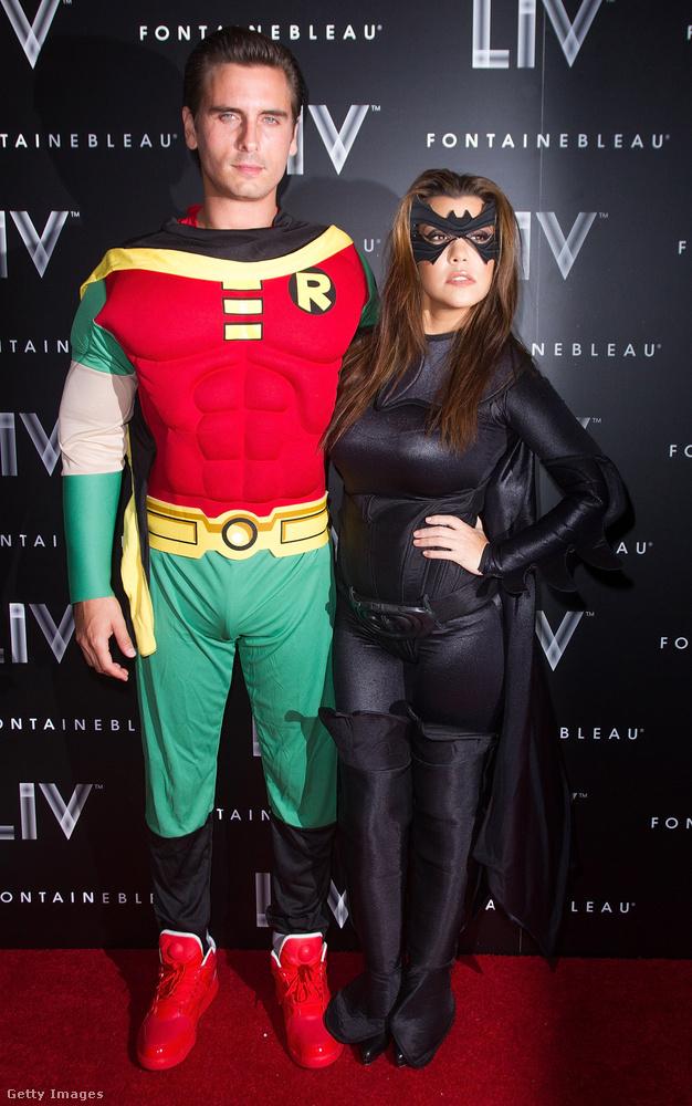 Batman és Robin szettje így sikerült Scott Disicknek, és Kourtney Kardashiannak, ugyanazon az estén.