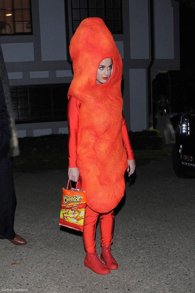 Katy Perry mint Cheetos!                          Ennél találóbb, és kifejezőbb nem is lehetett volna.