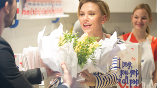 Mi már tudjuk, milyen Scarlett Johansson popcornja