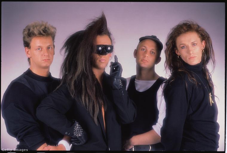 Ebben az időszakban Pete Burnsnek hatalmas haja volt, dehát ez a '80-as évek közepén kötelező volt