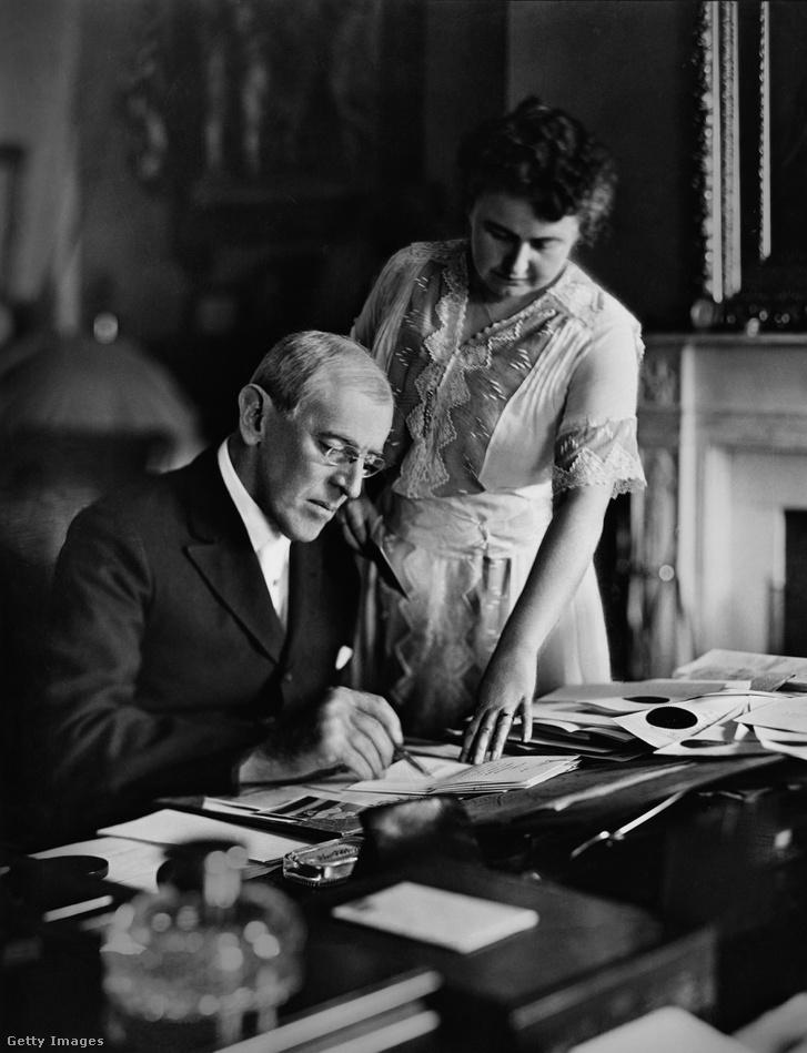 Edith irányította a férjét