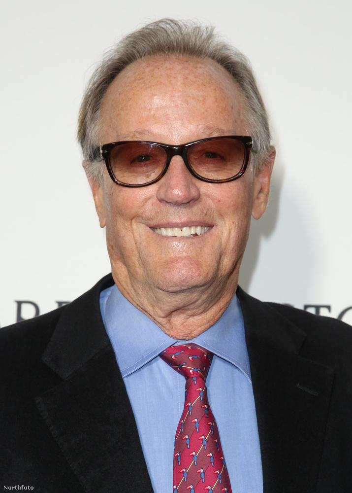 Peter Fonda a napszemüvege mögött rejtőzött egész este...
