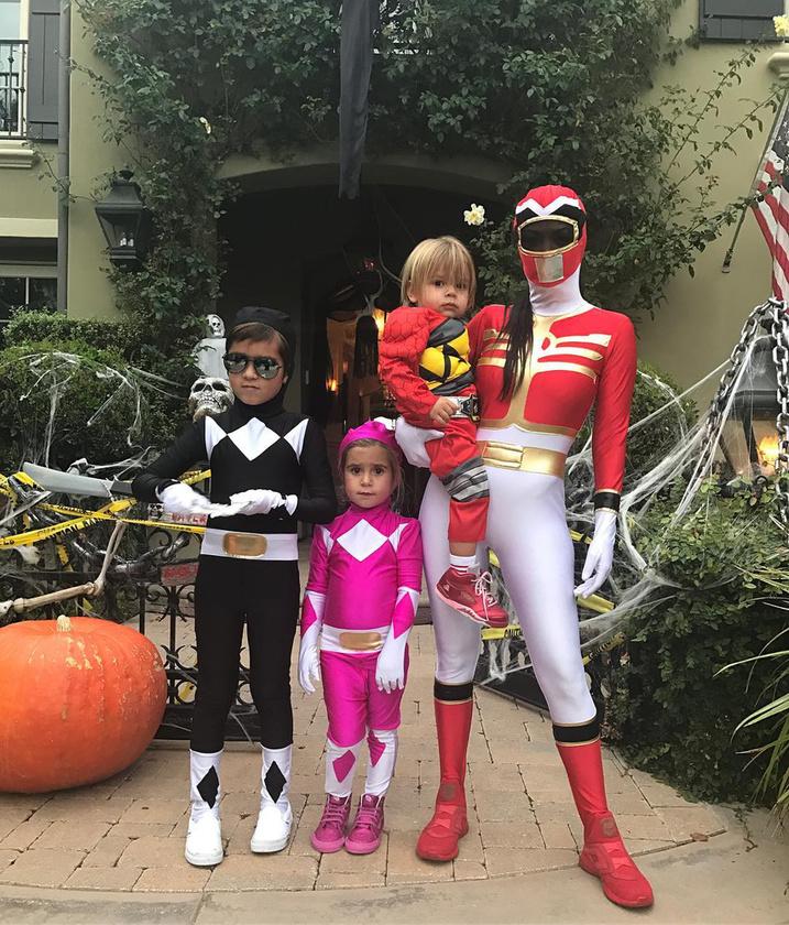 Testvére, Kourtney Kardashian egy másik szuperhősfilmből merített ihletet, és Power Ranger lett.