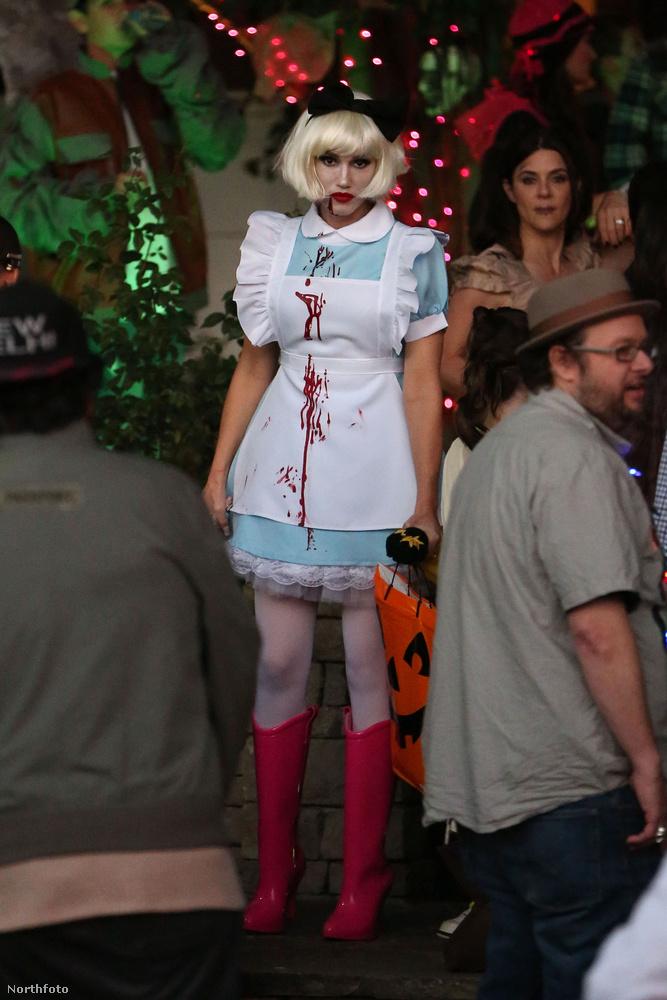 Gwen Stefani legalább annyira tökös jelmezt választott...