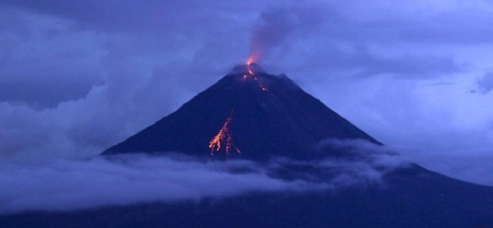 huaynaputina-volcano-featured-713x330
