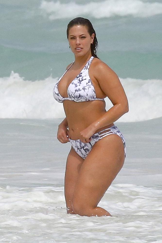 Ahhoz képest kétszer is szerepelt a Sports Illustrated bikinis különszámában
