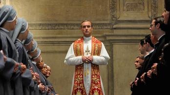 John Malkovich és Jude Law is reverendába bújik Az ifjú pápa testvérsorozatában