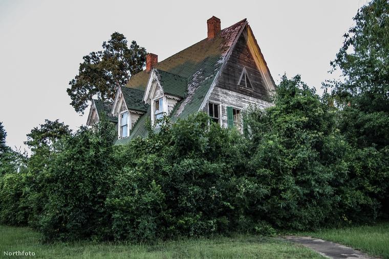Harminc éve érintetlenül áll ez a ház a  Mississipi állambeli Uticában