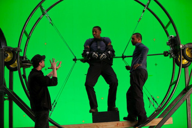 Josh Trank a Fantasztikus Négyes forgatásán.
