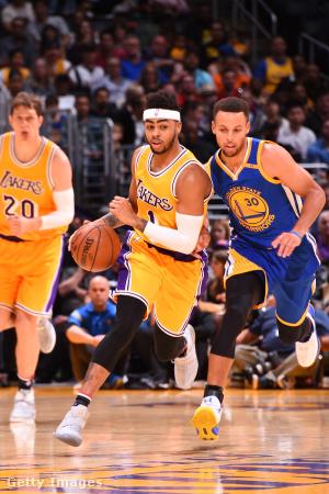 D'Angelo Russell a Los Angeles Lakers és Stephen Curry a Golden State Warriors játékosa