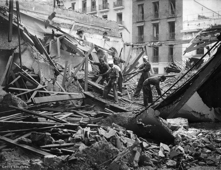 Madrid a légibombázások után.