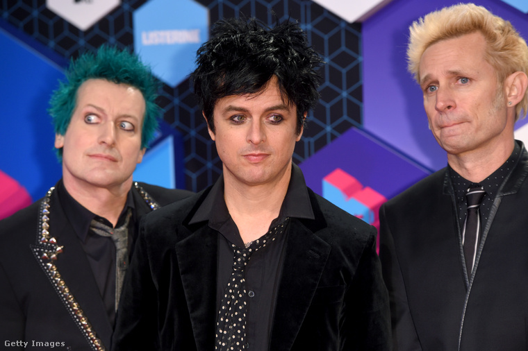 Ők a Green Day, akik már túl vannak a negyvenen és remélik, hogy a 20 évvel ezelőtt nagyjából bevált stíluson most sem kell semmit variálni.