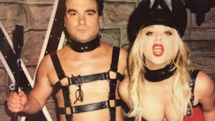 Kaley Cuoco és Johnny Galecki bemutatja: szado-mazo az Agymenőkben