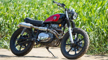 Custom: Kawasaki LTD440 Tracker - 1982.