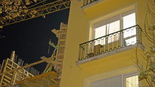 Építkezés a szomszédban: saját lakásában dőlt rá a köztes fal