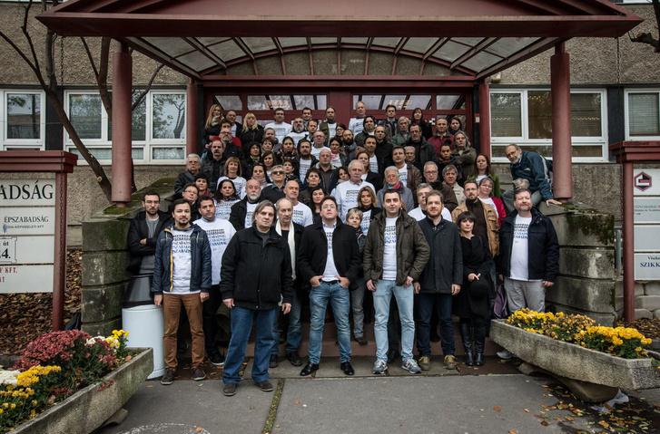 A Népszabadság szerkesztősége egy hónappal a lap bezárása után