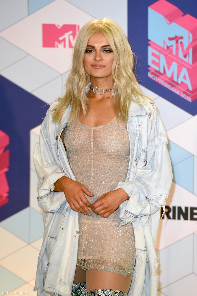 Bebe Rexha                         Ő vezette az idei MTV EMA gálát Rotterdamban
