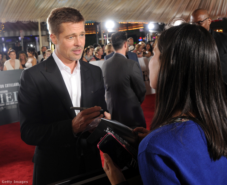 Na de vissza ahhoz, hogy Brad Pitt megjelent a filmbemutatón!