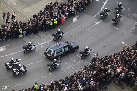 Kaczyński koprosója Varsóba érkezik