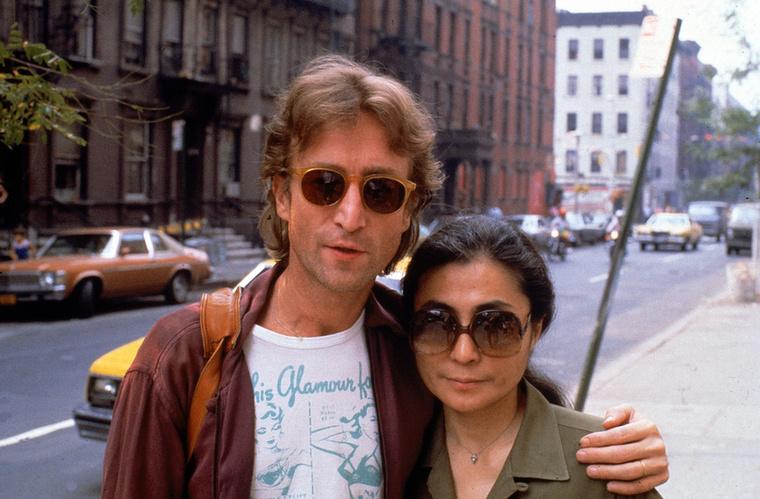 Mire a válást kimondták, Yoko Ono terhes volt, de nem sokkal később el is vetélt első közös gyerekükkel