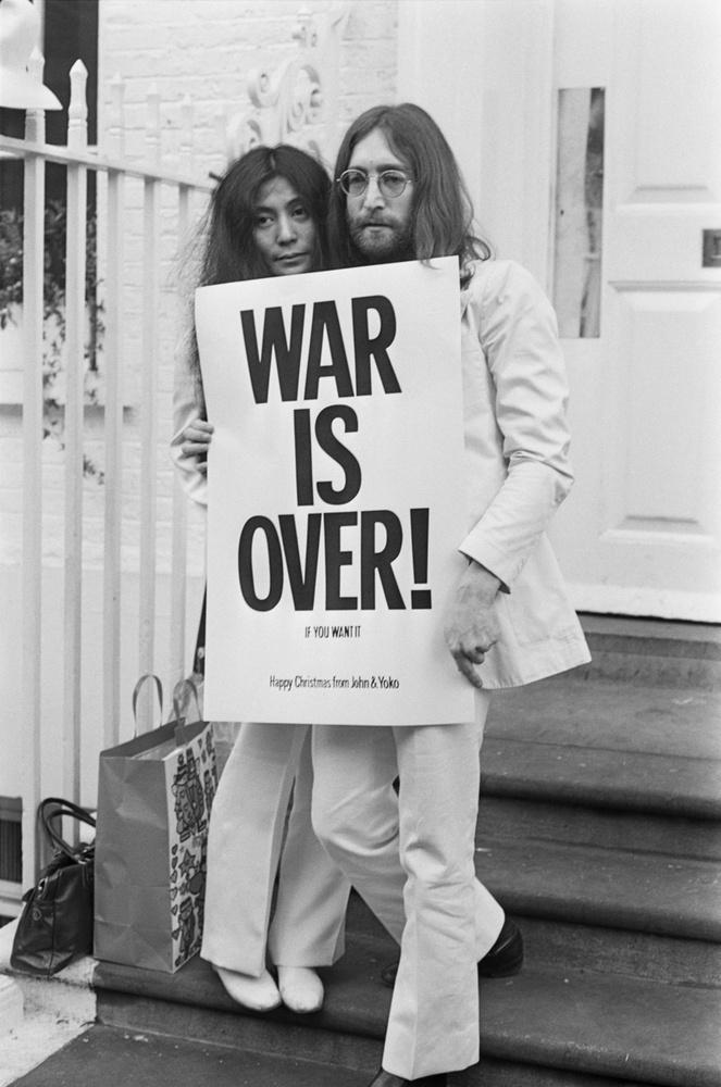 Fiához sietett haza akkor is, amikor Mark David Chapman nem messze a lakásuktól lelőtte a zenészt, Yoko Ono szeme láttára
