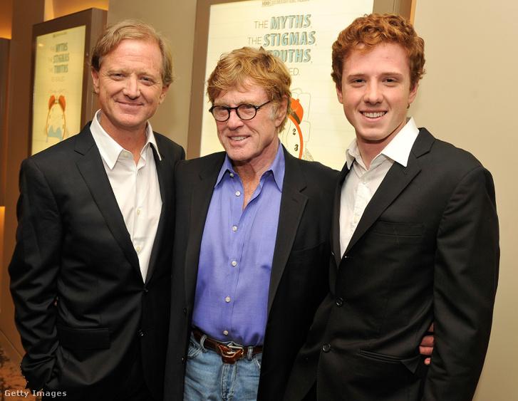 Robert Redford (középen) fiával, Jamesszel (bal oldalt) és unokájával Dylannel.
