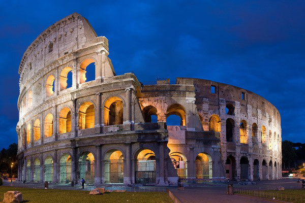 Colosseum (Forrás: Wikipédia)
