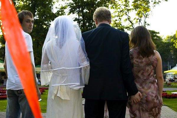 This-wedding-photo