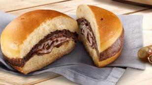 Bemutatjuk a Meki legújabb találmányát, a Nutellaburgert