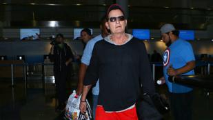 Ha Charlie Sheen valamihez nagyon ért, az a divat