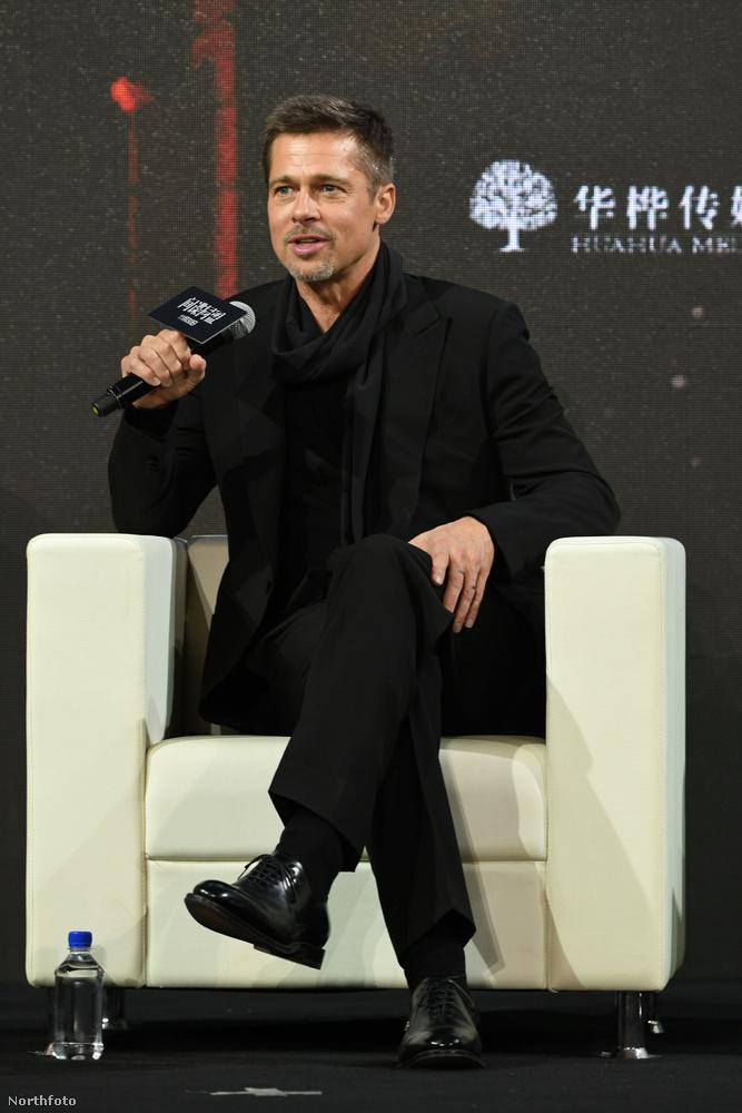 Sokan azt mondták amikor újra feltűnt, hogy elég rossz passzban van: mi még mindig azt mondjuk, Brad Pitt elég jól össze van szedve a történtekhez képest