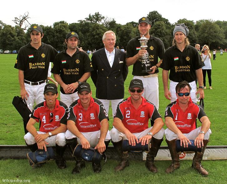 2011-ben a Roehampton trófeát szerezte meg a Bardon Team: Matias Machado, Guillermo Healy, Tombor András és Martin Valent