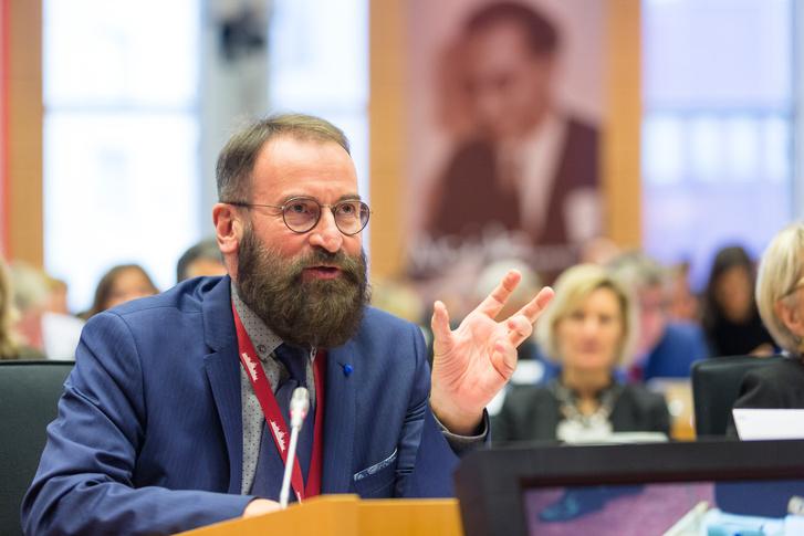 Szájer József az Európai Néppárt november 16-i EP-frakcióülésén.