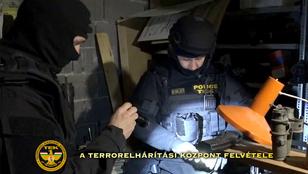 Ipari mennyiségű robbanóanyagot találtak a Magyar Nemzeti Arcvonal tagjainál