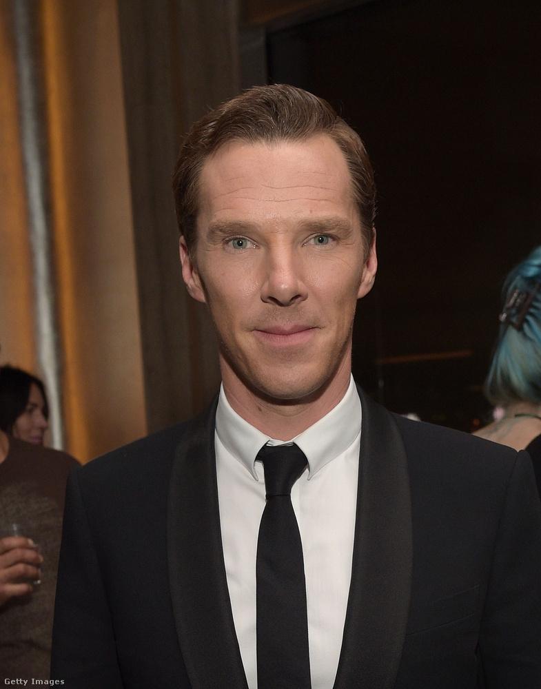 És végül a 2016-os Cumberbatch, aki 40 éves és kissé megviselt, de sebaj, így is van miért odáig lenni érte