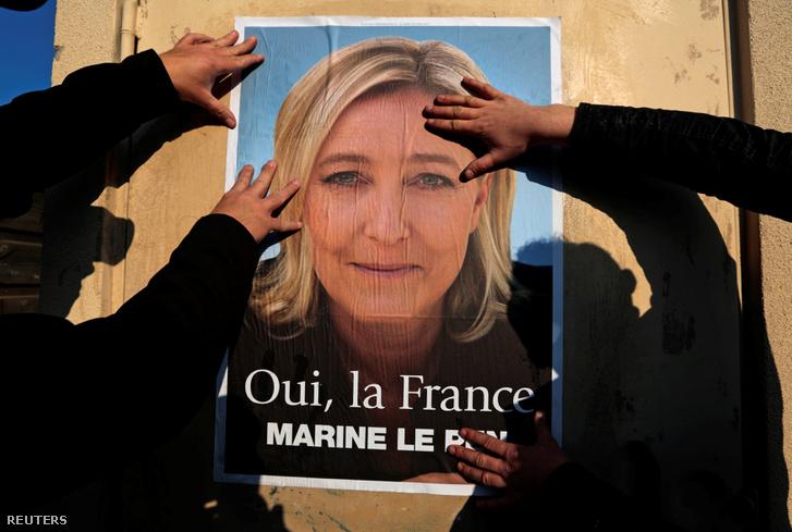 Marine Le Pen plakátja Frejusben