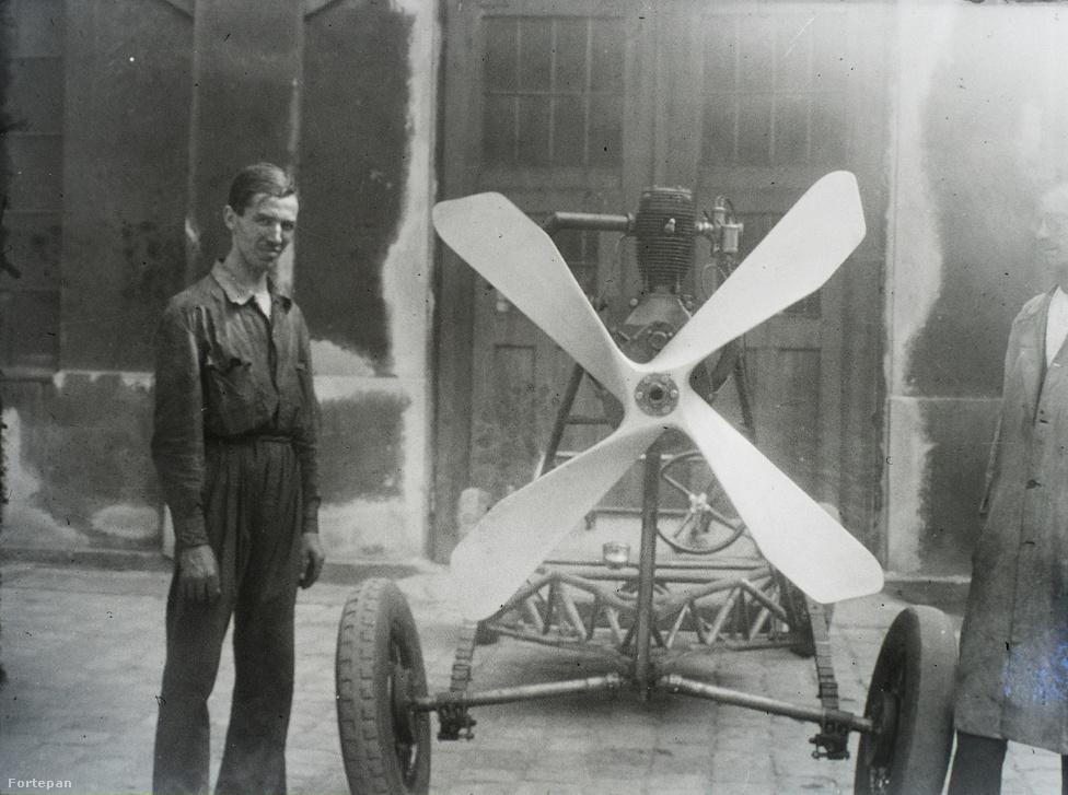 A gyenge szerkezetű jármű teszt közben összeroskadt, a légcsavar pedig halálra kaszabolta a sofőrt.