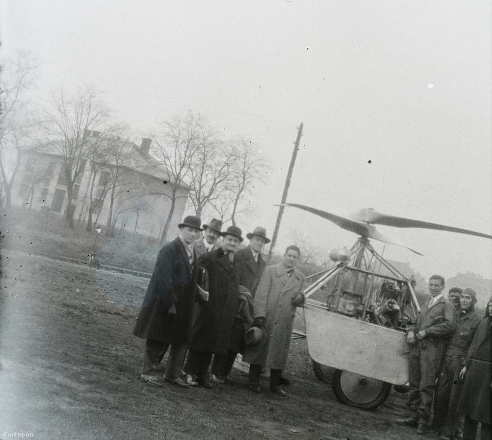 Tesztrepülés előtti csoportkép.