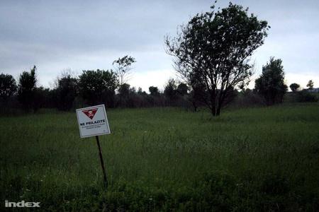 Aknaveszélyes terület a horvát oldalon (Fotó: Nagy Attila)