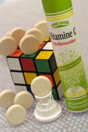 Bűvös kocka és C-vitamin. Véletlen? Aligha!