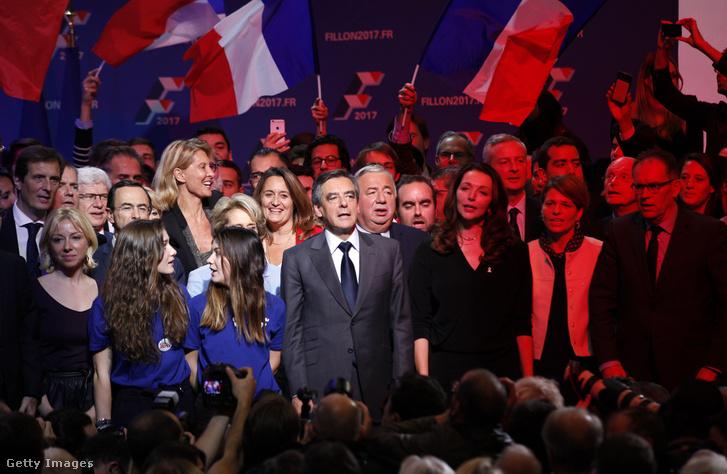 Francois Fillon kampányzárója