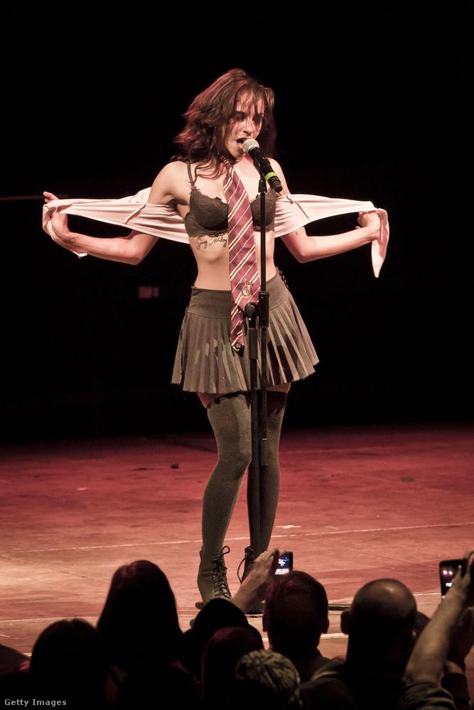 Üdvözöljük önt a SuicideGirls Blackheart Burlesque előadásán