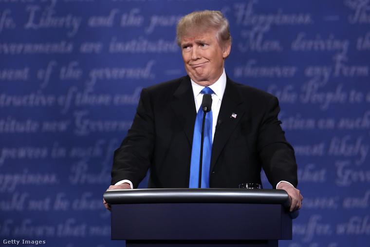 Donald Trump                         Kivel mással kezdhetnénk? Ingatlanmágnásként indult el az úton, és egyszer pont úgy adta az élet, hogy épp az ő szállodájában forgattak filmet