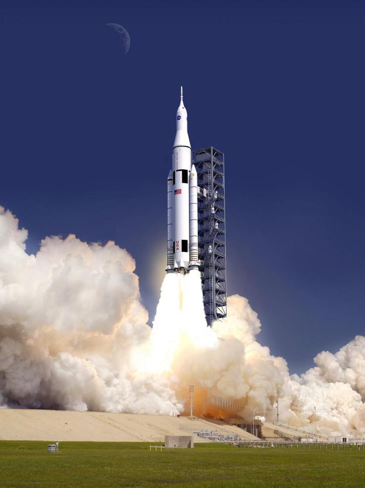 Az SLS (Space Launch System) rakéta látványterve