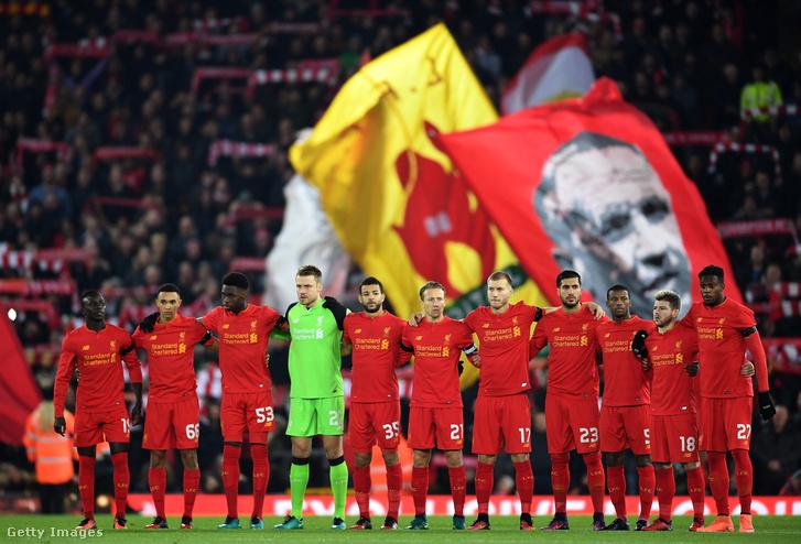 Egyperces néma emlékezés a Liverpool - Leeds United előtt
